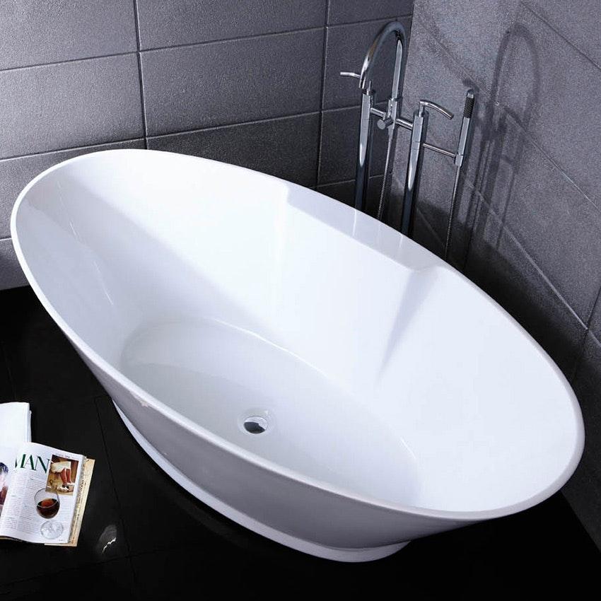 badkar simon och tomas