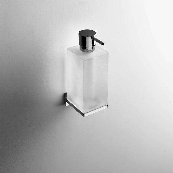 schampo dispenser vägghängd